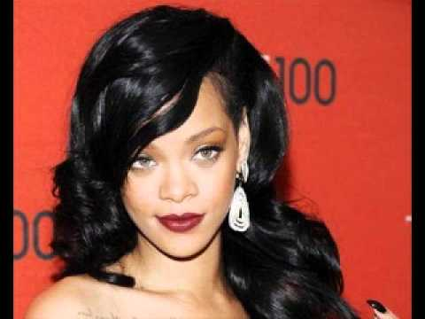 Post image for Rihanna In Battle Against Former Accounting Firm
